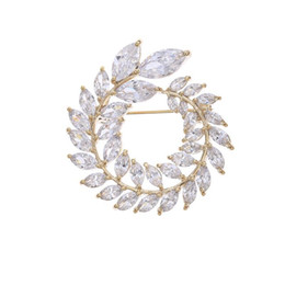 $enCountryForm.capitalKeyWord UK - MGFam (062H) Full CZ Flowers Brooches For Women Cubic Zircon Gold Plated 18k   White