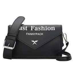 $enCountryForm.capitalKeyWord Australia - Hot Sale Chic brand Style Women Tote Solid Small Square Bag Fashion Wild Pin Buckle Shoulder Bags Messenger Bag