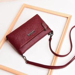 $enCountryForm.capitalKeyWord Australia - Hot Sale Real Genuine Leather Women Crossbody Mini Purse Pocket Handbags Designer Shoulder Bags Ladies Love Stylish Classic Style Bag