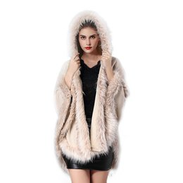 Wholesale Winter Women s Luxury Style Faux Fur Coat Women Ponchos And Capes Fur Top Wedding Dress Shawl Hooded Cape Fluffy Coat