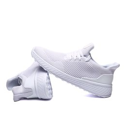 Boys Blue top online shopping - 2020 New Cheap Casual Shoes black white red grey Top sale Men Women boy girl breathable Outdoor sports running shoes Sneakers freeshipping