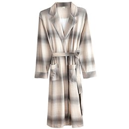 4e671a0523 100% Cotton Bathrobe Men Plaid Robes 2019 Spring Autumn sleep top Kimono  Robes For Male Long Bath Robe Bride Robe Dressing Gown
