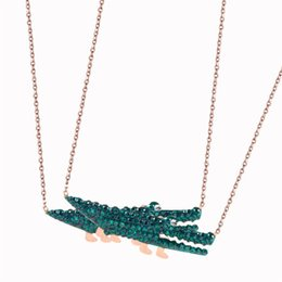 $enCountryForm.capitalKeyWord Australia - Green Diamond Cute Crocodile Pendant Clavicle Chain Female Design Rose Gold Punk Flash Trend Statement Necklace Women Gift Europe New Style