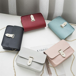 $enCountryForm.capitalKeyWord Australia - Designer New women's bag solid color casual small square bags shoulder Messenger bag small fresh mobile phone bag chain mini bags