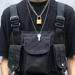 $enCountryForm.capitalKeyWord Australia - Cool Punk Gothic Men Women Unisex 2 In 1 Heavy Duty Chain Choker Squre Lock Collar Metal Link Key Necklace MX190730