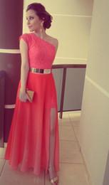 $enCountryForm.capitalKeyWord Australia - 2019 Newest Sleeveless Ankle-Length Prom Dresses Coral Color Lace One Shoulder Side Slit Gold Belt Formal Long Evening Dresses Custom Made