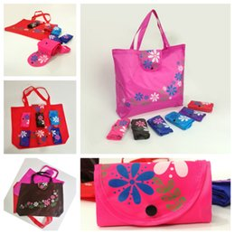 $enCountryForm.capitalKeyWord Australia - new Creative Chinese style florets button fashion storage bag clasp tote bag classic 210D Oxford cloth folding shopping bag T2D5004