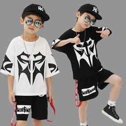 hip hop style kids Canada - Boy Hip-hop Clothes Sets 2019 Spring Short Sleeved + Pants 2PCS Baby Girls Outfits Kids UPSOAR Jogging Suits