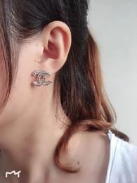 Großhandel Hohe Qualität Verschiedene Stile Schmuck Designer klassische Ohrring-Bolzen schön und schön entworfen für Jungen und Frauen High-End-Design