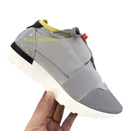 $enCountryForm.capitalKeyWord Canada - Drop Shipping chaussure femme With Box Fashion Designer Casual Shoe Man Woman Race Runner Sneaker Mixed Colors Red White Mesh Trainer Shoes