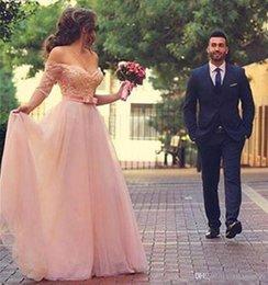 Großhandel Romantische Blush Pink Tulle A-Line Brautkleider Halbarm Off Shoulder Lace Brautkleider bodenlangen langen Brautkleid