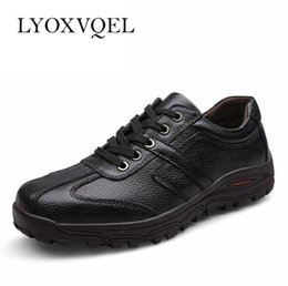 $enCountryForm.capitalKeyWord Australia - New European Style Men Genuine Leather Shoes Fashion Lace Up Black Casual Walking shoes Men 38-48 Big Size M345