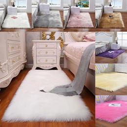 Venta al por mayor de La imitación de lana mullida alfombra de la sala dormitorio manta de la piel lavable del asiento del cojín mullido Alfombras 40 50 * 40cm * 50cm manta suave
