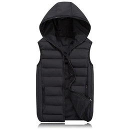 Wholesale New Spring Autumn Sleeveless Jacket Hot Fashion Men s Winter Hooded Hooded Light Plus Size Mens Vests Working Proof Vest Y1