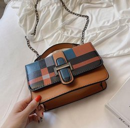 factory outlet handbags Australia - Factory outlet brand women handbag fashion contrast check bucket bag new square lock women shoulder bag elegant check leather bucket bag