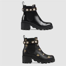 Zapatos de diseñador para mujer Martin Desert Boot Flamencos Flecha de amor 100% Medalla de cuero real antideslizante Zapatos de invierno para mujer Tamaño US5-11 en venta