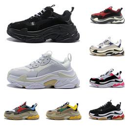 2020 balenciaga triple s shoes designer schuhe für Männer Frauen Jahrgang sneakers schwarz weiß Bred pink 20fw Luxus Herren Turnschuhe große Sohle Sport Sneakers im Angebot