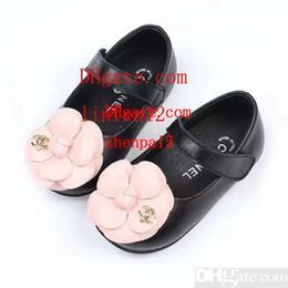 $enCountryForm.capitalKeyWord Australia - kids shoes baby girl shoes zapatos de niños newborn Chaussure Big flower small leather shoes kids brand sandals sandálias toddler sneakers