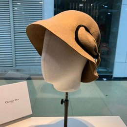 Ladies smaLL sun hats online shopping - Autumn And Winter Cashmere Ladies Fashion Hats Social Gathering Small Hat hot new