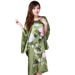Red Kimonos UK - Novelty Green Chinese Women Silk Rayon Robe Loose Lounge Nightgown Kimono Bath Gown Sleepwear Mujer Pajama Plus Size S0109