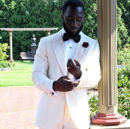 $enCountryForm.capitalKeyWord NZ - White Wedding Tuxedos For Groom Wear Groomsmen Best Man Suit Men's Suits Bridegroom (Jacket+Pants+Bow) Prom Party Custom made Cheap YY61