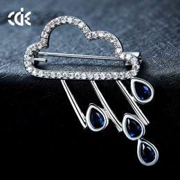 $enCountryForm.capitalKeyWord Australia - Wedding Party beaded pearl gift woman lady diamond jewelry Brooches for bride acting initiation graduation CDE-1447