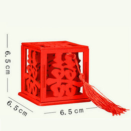 Chinese Candies online shopping - Chinese Red Double Happiness Wedding Favor Boxes Wooden Hollow Candy Box with Tassel WB999