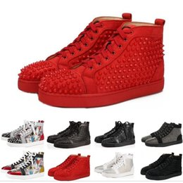 Autumn women green shoes online shopping - High Quality Spikes High Top Red Bottom Pik Pik Studded Sneakers Shoes Women Men Luxury Designer Flat Casual Red Sole Autumn Winter Casual