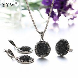 $enCountryForm.capitalKeyWord Australia - Wholesale Vintage Black Gem Jewelry Set Fashion Women Jewelry Set Antique Silver Crystal Round Stone Pendant Necklace Sets
