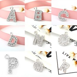 $enCountryForm.capitalKeyWord Australia - Fashion Newstyle Floating Charms Jewelry Crystal Letter Heart Floating Charm for Glass Living Memory Locket Jewelry Findings Components