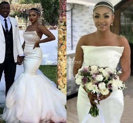 Wholesale 2019 Trendy Ivory Mermaid Wedding Dresses Strapless Backless Sweep Train African Plus Size Garden Country Bridal Gowns vestido de novia