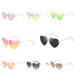 14 mirror UK - Hot Sale 14 Colors Cool Men Sports Heart-Shaped Sunglasee Unisex Design Printing Outdoor Cycling Sunglass Colorful Mirror Lenses #58970