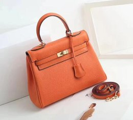 Leather Shoulder Bag Key Lock Australia - Classic Designer Handbags Totes Shoulder bags With Lock key Women bag Cowhide Genuine leather Clutch Bags Lady Crossbody Totes