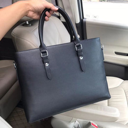 Real leatheR man bags online shopping - 2019 New Briefcases Men Designer handbags hard handle soft real leather lichee grain perfect work cm laptop cases barginning prices