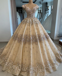 $enCountryForm.capitalKeyWord Australia - Gold Sparkly Lace African Dubai 2019 Wedding Dresses Sweetheart Beaded Ball Gown Bridal Dresses Gorgeous Vintage Wedding Gowns