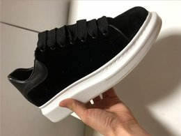 China 2018 Leather Back Lace Up Casual Shoes Luxury Men Sneakers Casual Superstar Shoes Real Row Free Shipping 35-45 cheap row leather suppliers