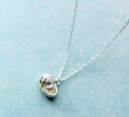 $enCountryForm.capitalKeyWord Australia - Small 1pc Freshwater Pearl Into The Shell Shape Pendant Necklace 100% Real. 925 Sterling Silver Fine Jewelry Gtlx1582 J190707