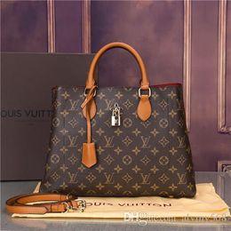 Color Leather Bags Australia - 2019.43551 styles Handbag Famous Designer Brand Name Fashion Leather Handbags Women Tote Shoulder Bags Lady Leather Handbags Bags purse43438