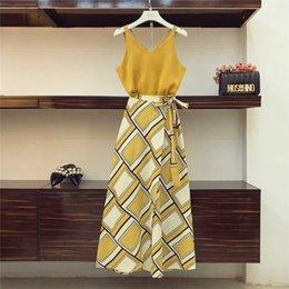 $enCountryForm.capitalKeyWord Australia - 2018 Holiday Wind Bohe Skirts Suit Women Summer Sexy Suspender Vest Top + High Waist Split Fork Printing Skirt Two-piece Sets J190616