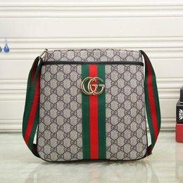 Cross Body Gym Bag Australia - New High Quality Famous Brand Classic  Designer Fashion Men Messenger 5af35d9cd61e7