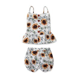 $enCountryForm.capitalKeyWord Australia - Infant Little Girls Sunflower Suits Sleeveless Back Wood Button Square Collar Vest Tops Tees + Pants 2pcs Set Children Girls Clothing Outfit