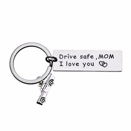 $enCountryForm.capitalKeyWord UK - 12PC Lot Drive Safe Mom I Love You Keychain Car Charms Keyring For Family Love Mommy Mama Mothers Gift Key Chains Rings Holder