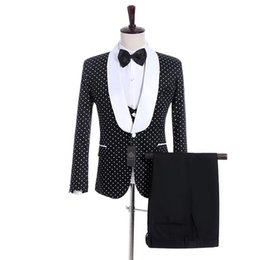 bridegroom custom jacket UK - New Arrival Groomsmen Shawl Lapel Groom Tuxedos One Button Men Suits Wedding Prom Best Man Blazer Bridegroom ( Jacket+ Pants+Vest+Tie ) M971