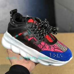 $enCountryForm.capitalKeyWord NZ - Fashion Luxury Chain Reaction men women Designer shoes Best Quality Casual Shoes Link-Embossed Sole outdoor sneakers