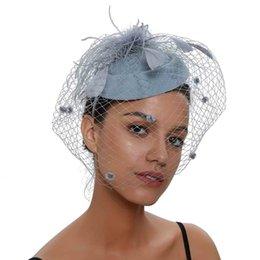Kadınlar için Fascinator Şapkalar Pillbox Şapka Net Fascinators Peçe Bandı ve saç klip Çay Partisi Şapkalar