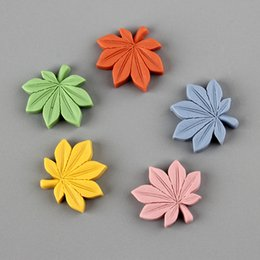 flower hair sticks Australia - Mini Order 100pcs 22*20mm Kawaii Maple leaf Flatback Resin Cabochons Ornament Accessories Girls Hair Bow Center Clip Patch sticks