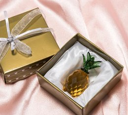 Shape Figures Australia - 50pcs Crystal Pineapple Glass Figure Ornament Wedding Favors Pineapple Shape in Gift Box Party Gift Home Decoration