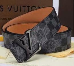 Hot 2018 classico nero di lusso di alta qualità ceinture designer cinture di moda grande cintura fibbia perlina cintura da uomo delle donne spedizione gratuita g5 in Offerta