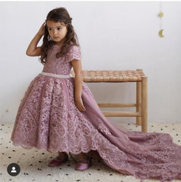 girls dusty pink gown Australia - Dusty Pink High Low Flower Girls Dresses for Wedding Jewel Neck Short Sleeve Lace Appliques Toddler Pageant Dress Pearls Belt Kid Prom Gown