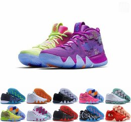 2019 kyrie irving 4s Kyrie Lucky Charms Men Basketball Shoes Irving 4 IV High Quality Confetti Color Green Designer Trainers Sneakers 40-46 from love moment manufacturers